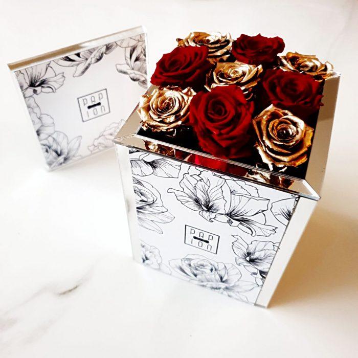 9 roselline rosse e oro