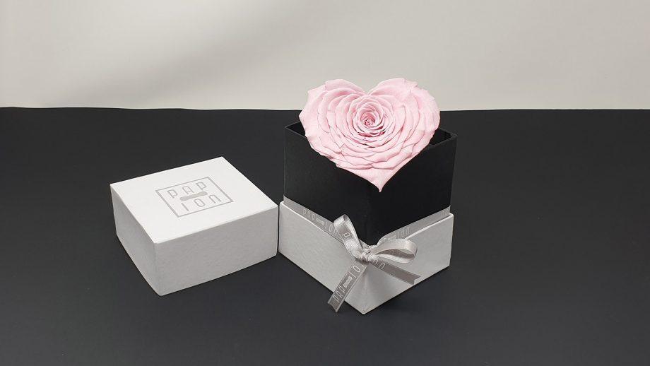 cofanetto-bianco-cuore-rosa