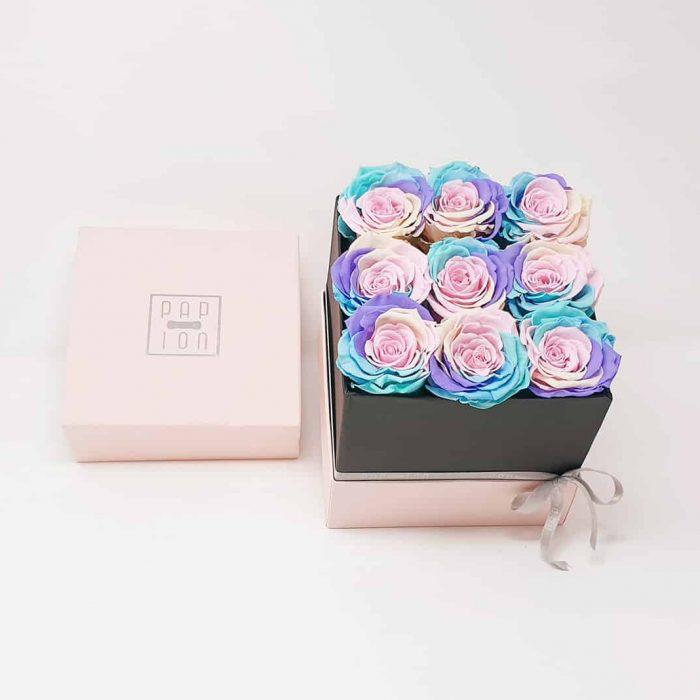Cofanetto Deluxe con 9 rose arcobaleno pastello
