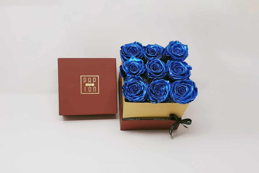 9 rose blu metallizate