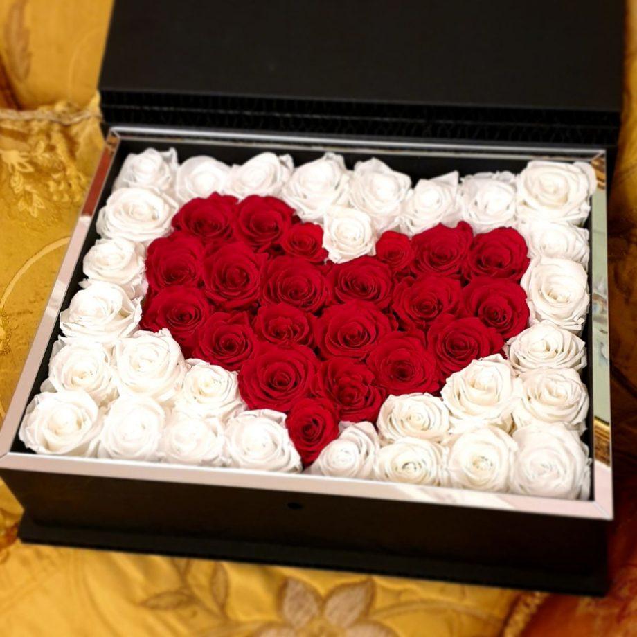scrigno cuore rossoe e bianco